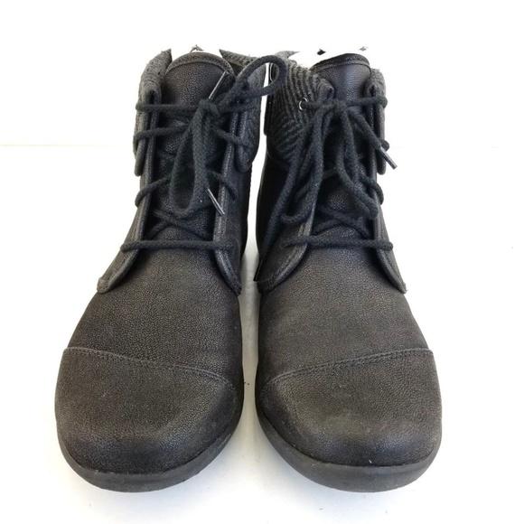 4ec8b52f0 clarks Shoes | Sillian Frey Cloud Steppers Laceup Zip A | Poshmark
